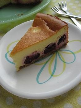 さくらんぼのチーズケーキ