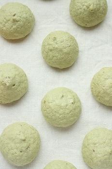 抹茶の焼きメレンゲ