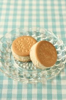 アイスクッキーサンド
